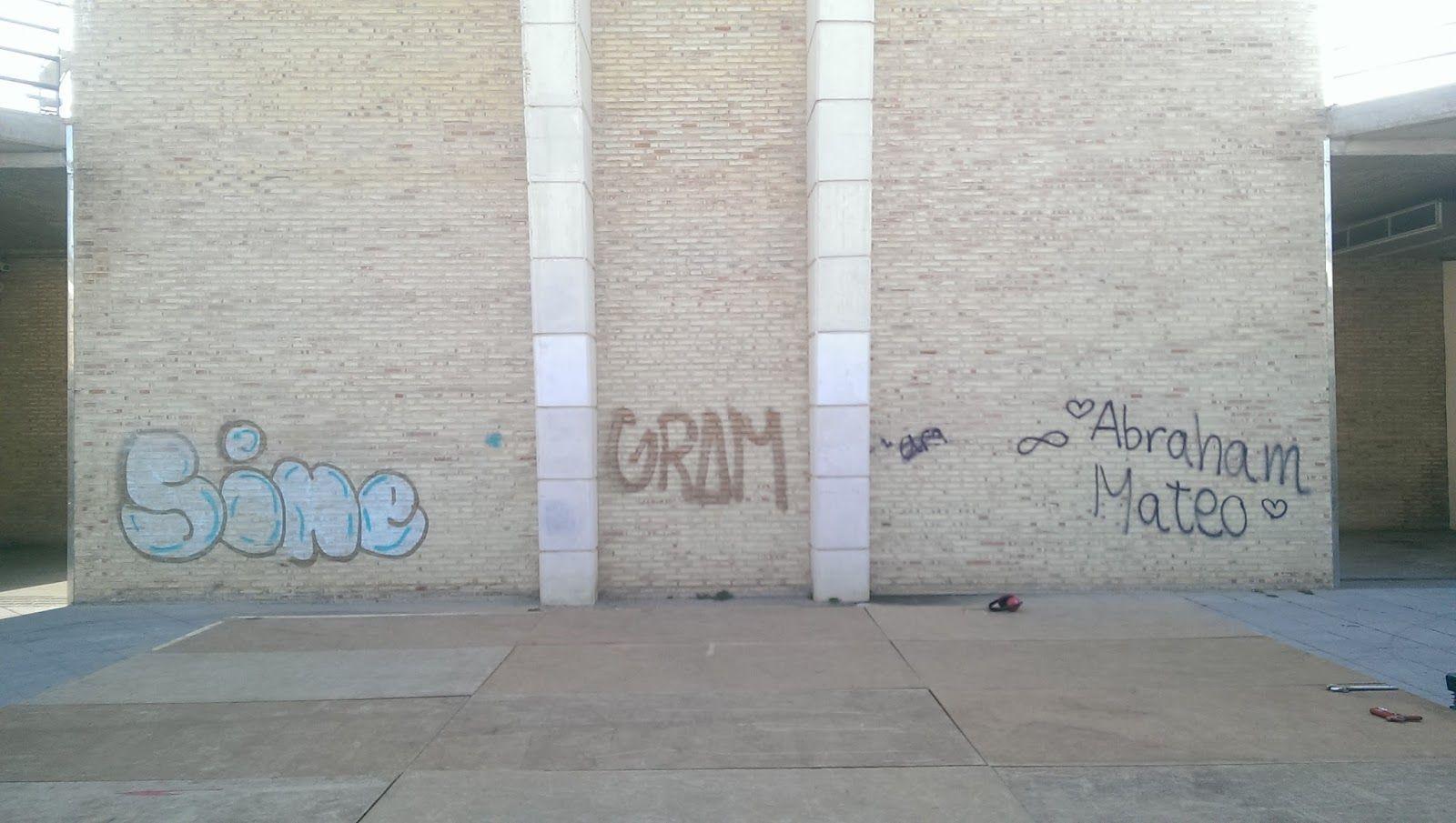 Limpieza de graffitis en ladrillo visto